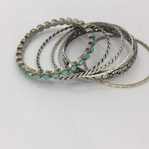 Lot of 6 braclets